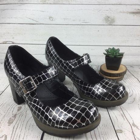 Продам, срочно!Туфли Dr.Martens 39 размера.
