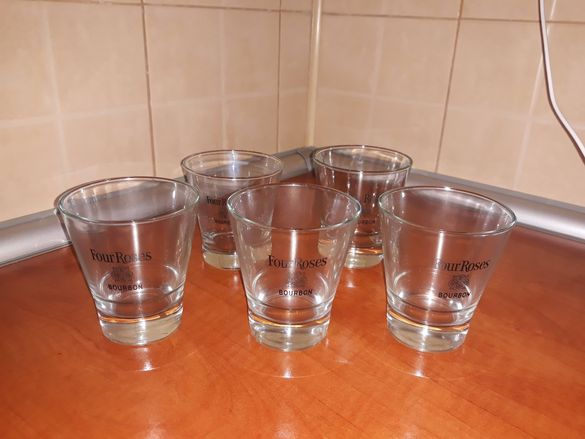 Нови чаши за уиски Four Rouses