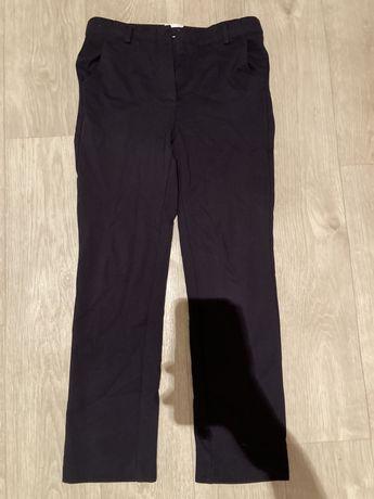 Продам школьные брюки темно синие