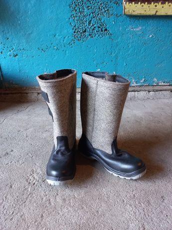 Продам  зимние мужские  сапоги