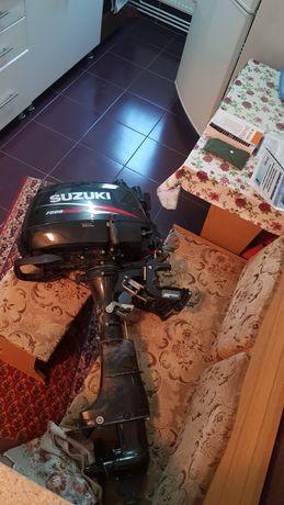 Motor de barca SUZUKY