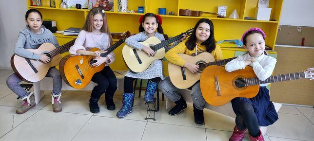 Уроки игры на гитаре и укулеле, вокал