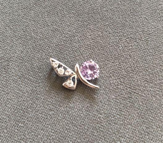 Сребърна висулка пеперуда с лилав камък