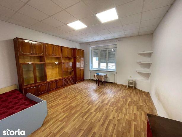 Apartament 1 camere zona lic Mihai Eminescu