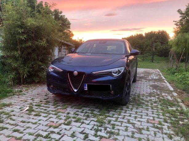 Alfa Romeo Stelvio (Cu predare Leasing)