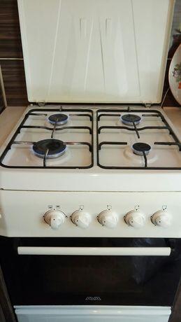 Продам газовую плиту AVA