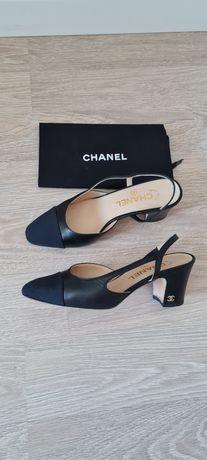 Босоножки Chanel 36р