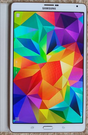 """Планшет Samsung Tab S 8.4"""" плюс 2 чехла в подарок"""