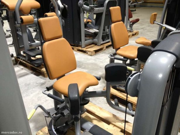 Depozit aparate fitness technogym