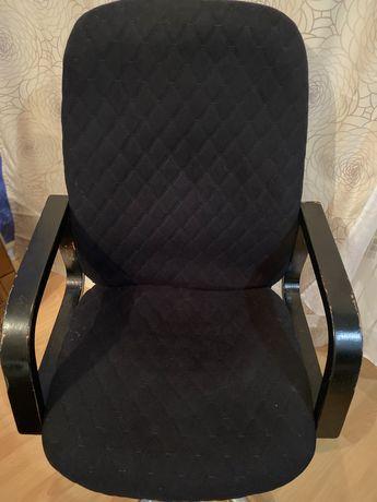 Кресло (офисная мебель)
