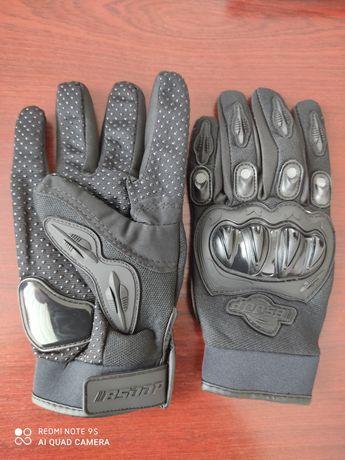 Перчатки для мото спортсмена