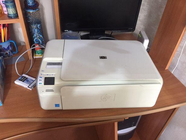 Продам цветной принтер HP