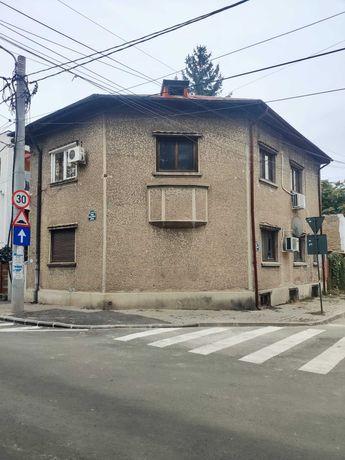 Vila deosebita - Sector 1, 5 min. Metrou Basarab