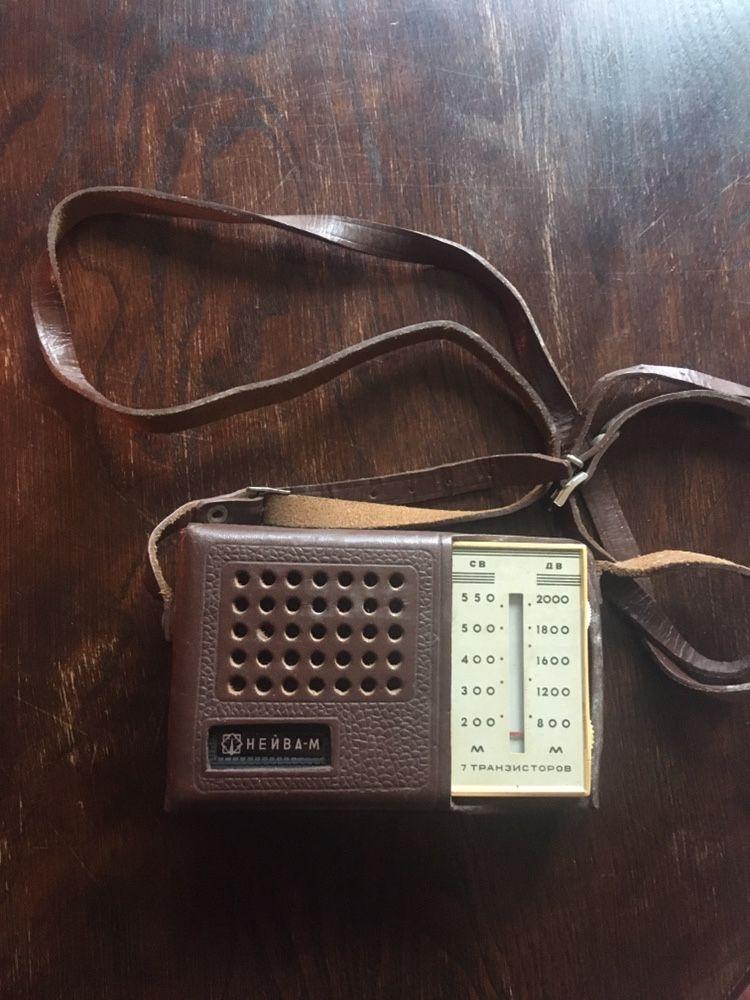 """Ретро транзистор """"Нейва-М"""", произведен 1967г., СССР"""