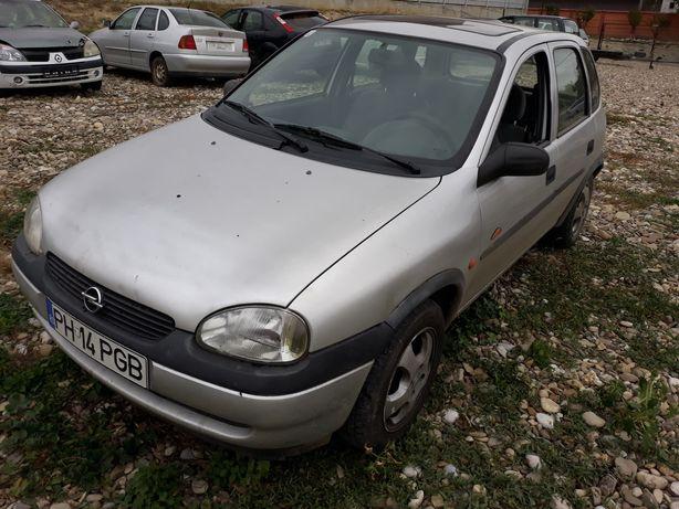 Dezmembrez Opel Corsa b 1.0 benzina
