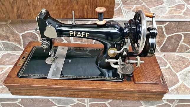 Masina de cusut manuala PFAFF