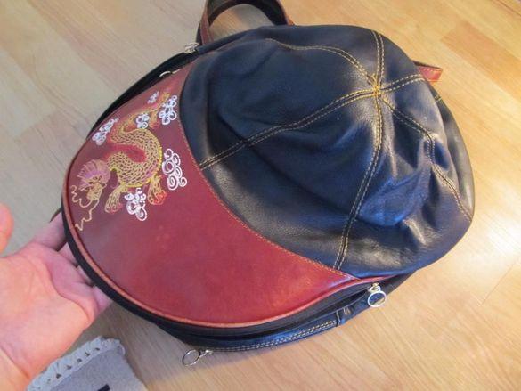 Фенска спортна раница от телешка кожа Pat-cat с формата на шапка и отд