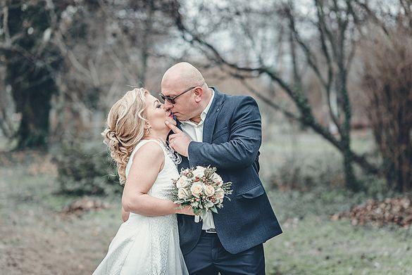 Сватбен и семеен фотограф. Фото и видео заснемане.