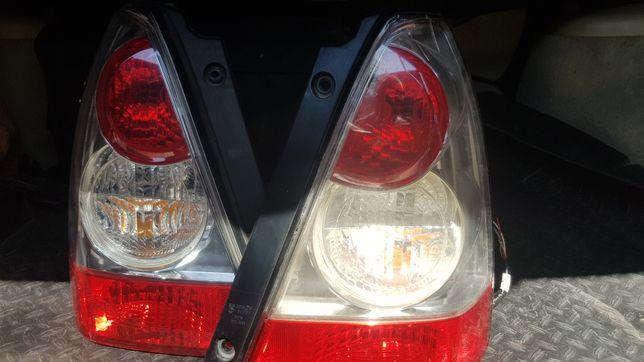 Задние фары Subaru SG