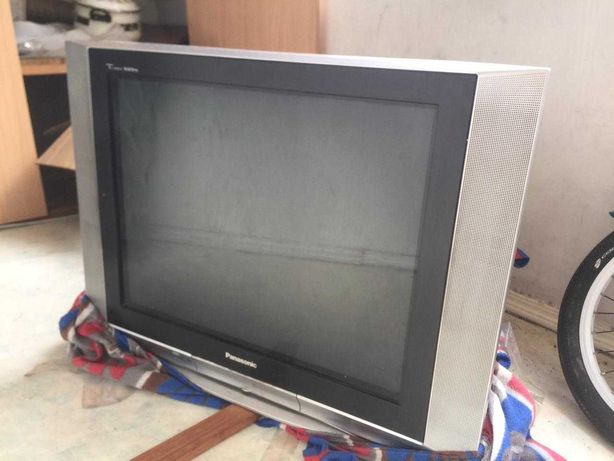 Продам за 4000 тенге телевизор Panasonic, торг уместен
