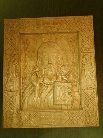 Iisus Hristos, icoana sculptata din lemn masiv