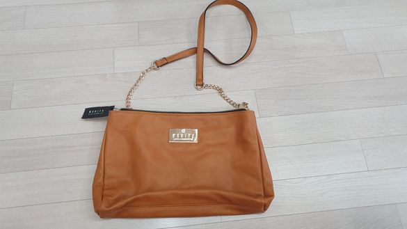 Нова дамска чанта на MOHITO