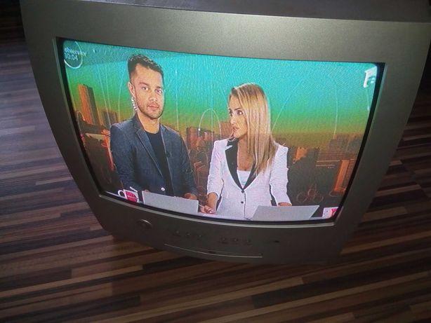 Televizor color mic 34 cu tub, AEG, DVD palyer incorporat, telecomanda