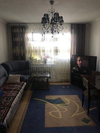 3-х комнатная квартира на 8 микрорайоне