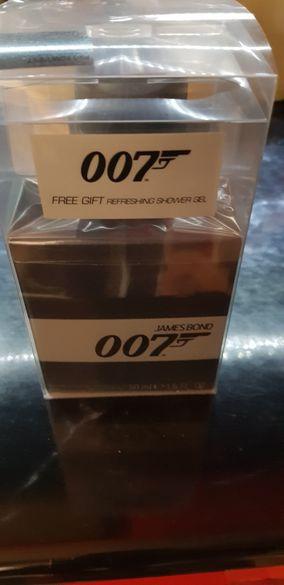 Подаръчен комплект мъже James bond 007 парфюм 50 мл. и душ гел 150 мл.