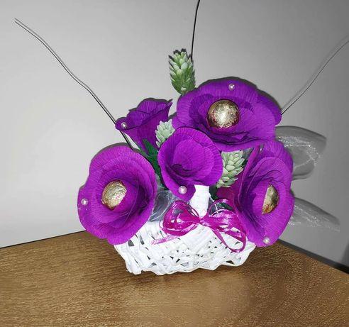 Букети и кошници с цветя от бонбони