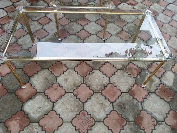 Masa din bronz cu sticla securizata