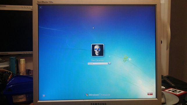 """Monitor LCD Samsung 17"""""""