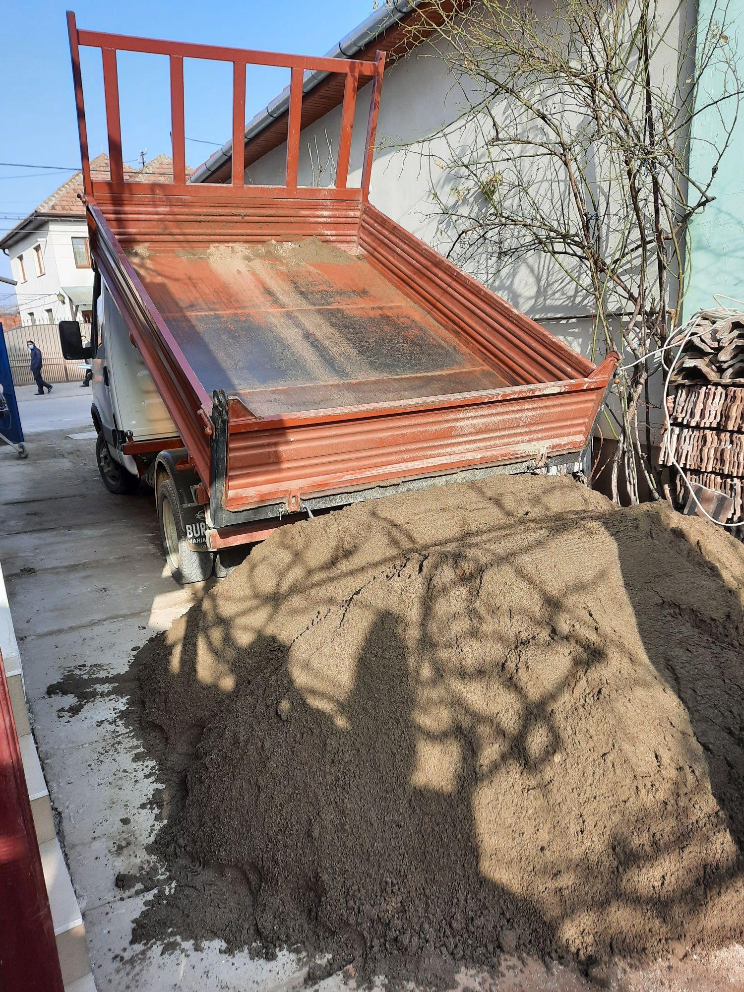 Transport nisip,sort, balast,piatra concasata, pământ