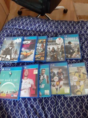 Vand PlayStation 4, 1.5tb, 10 jocuri