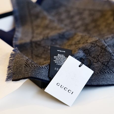 Eșarfa Gucci