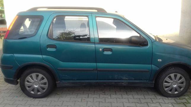 Vând Suzuki Ignis (preț 2000 de euro negociabil) (an fabricație 2004)