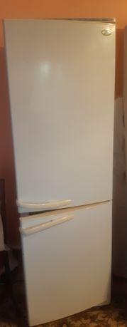 Продаётся холодильник Атлант