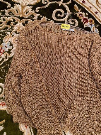 zara акрилловый свитер размера s