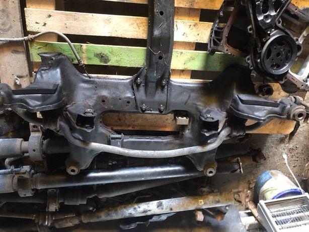 Cadru/ jug motor Nissan X Trail T 30