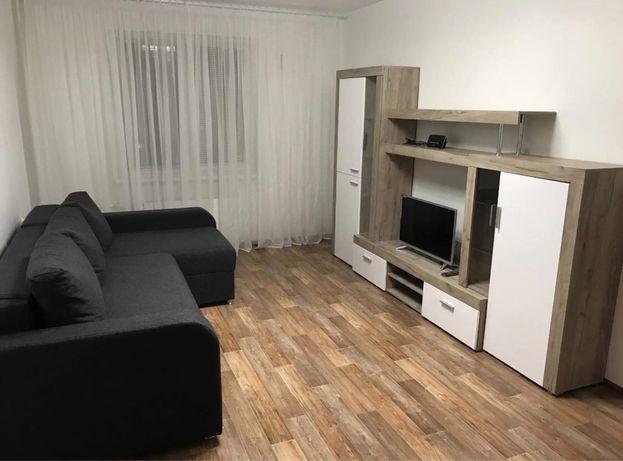 Сдаётся 1 комнатная квартира на 16 мкр