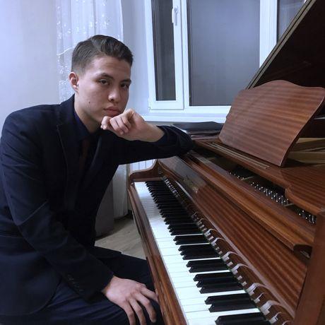 Уроки по фортепиано и сольфеджио