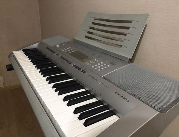 Продам музыкальный инструмент, синтезатор в отличном состочние