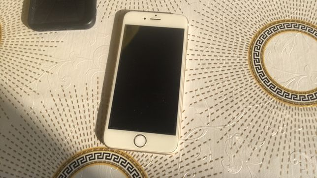 Продам айфон 6S