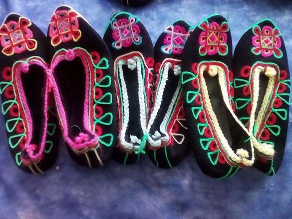 Традиционни битови терлици народна носия фолклор