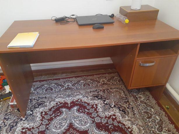 Офисная мебель. ...