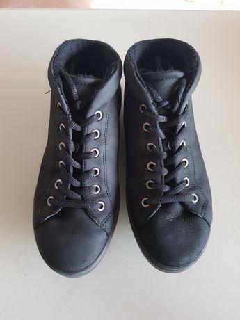 Нови обувки Ecco естествена кожа 35 номер