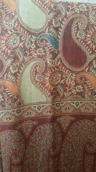 Кашмирени шалове