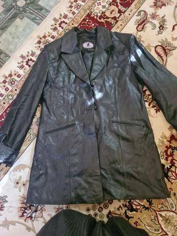Кожаный куртка сатамын