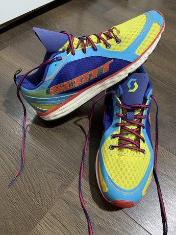 Adidasi de alergare Scott marimea 45,5 noi fara eticheta