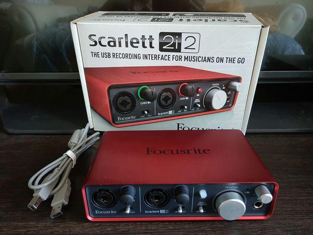 Срочно Звуковая карта focusrite scarlett 2i2 состояние новой!недорого!